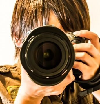 カメラマンのお姉さん